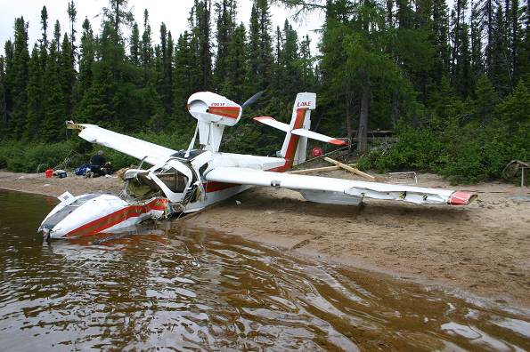 http://www.bst-tsb.gc.ca/fra/rapports-reports/aviation/2010/a10q0087/images/a10q0087-photo-01.png